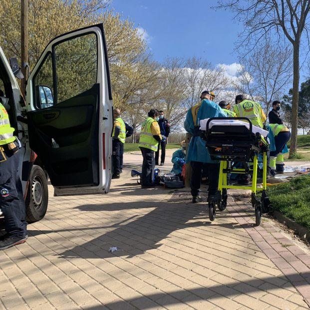El retrato robot del patinador que atropelló a una mujer en Madrid y se dio a la fuga