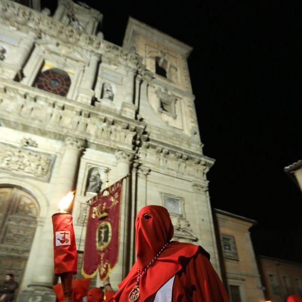 Semana Santa 2021: ¿Qué diferencias hay entre Cofradías y Hermandades Foto: Europa Press