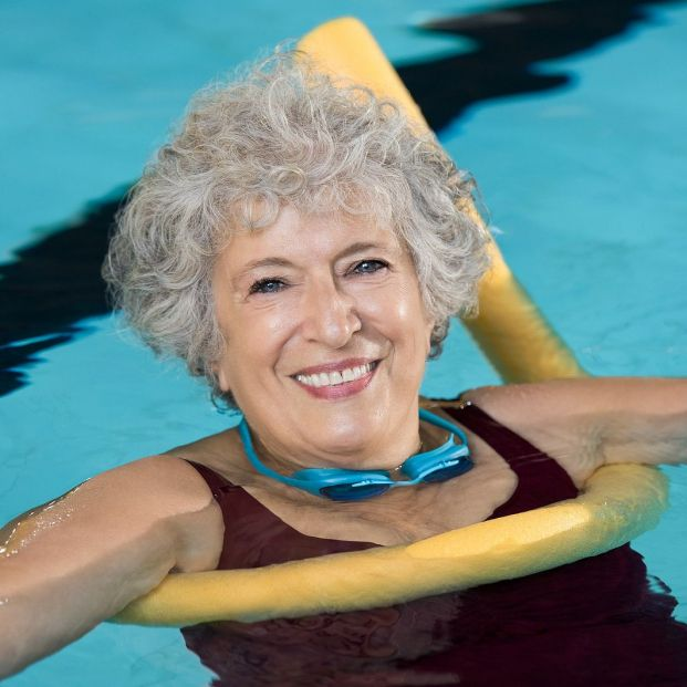 Los beneficios para los mayores de practicar deportes acuáticos Foto: bigstock