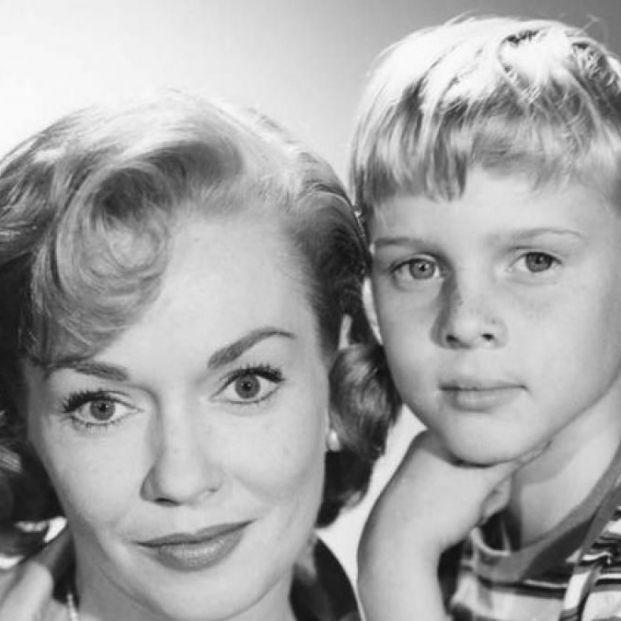 Muere Gloria Henry, la madre de 'Daniel el travieso', a los 98 años
