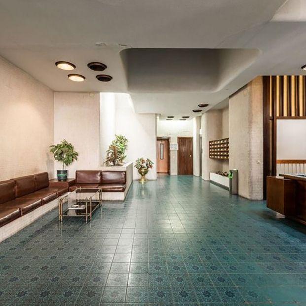 Melilla 31, portal, Colegio de Arquitectos de Málaga