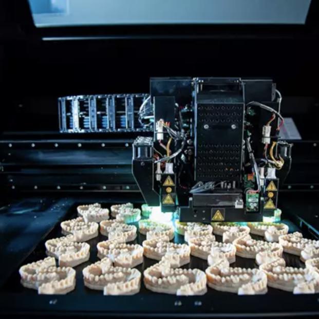 Prótesis de biomateriales e impresas en 3D: el futuro de la medicina regenerativa