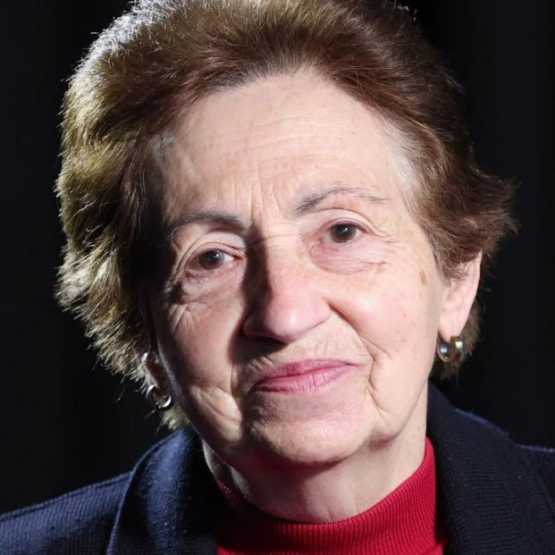 Mujeres mayores interpretan 'Poema a la vejez' de Saramago