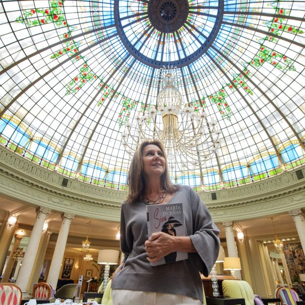 """María Dueñas publica 'Sira': """"No caigamos en la simplificación de que todo best-seller es malo"""""""