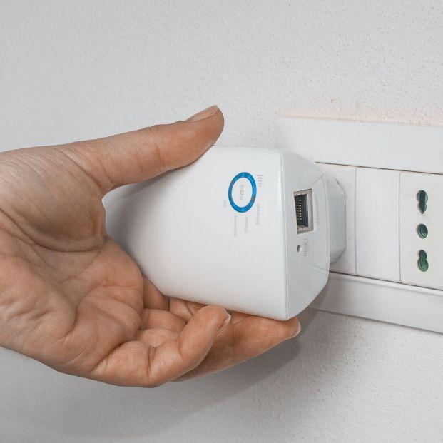 Estos son gadgets más populares del mercado por menos de 50 euros Repetidor WiFi Foto: bigstock