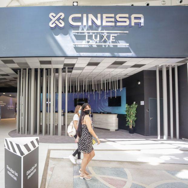 Al cine, a precio reducido: Cinesa lanza un descuento para los mayores de 65 años