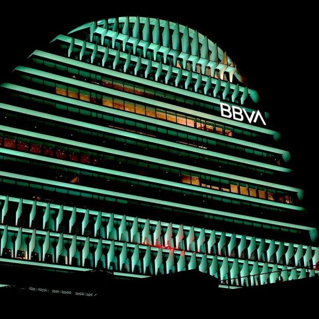 BBVA ofrece prejubilaciones desde los 56 años con hasta 65% del salario anual