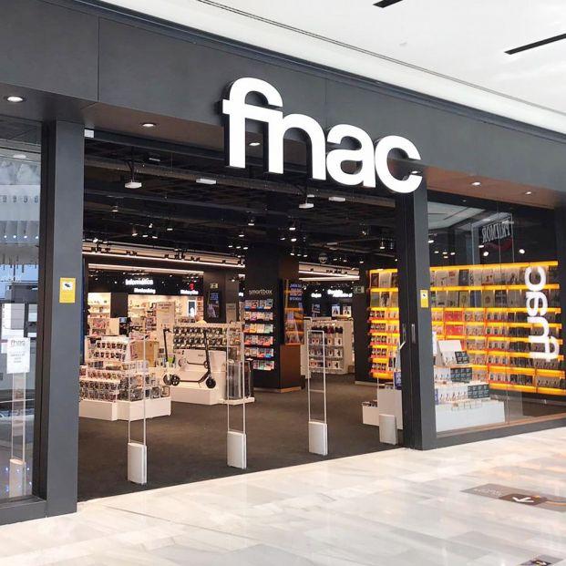 """La FNAC, obligada a vender a 124 euros móviles que cuestan 699 por un """"error tipográfico"""""""