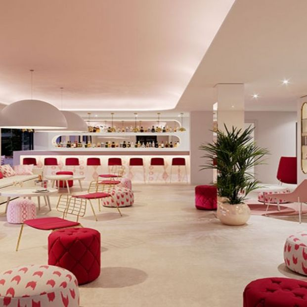 Hotel solo para mujeres (https://somhotels.es/es/hotel-som-dona-en-mallorca/)