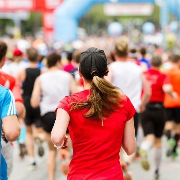 Un virólogo pone el foco en los 'runners' como posible elemento de contagio