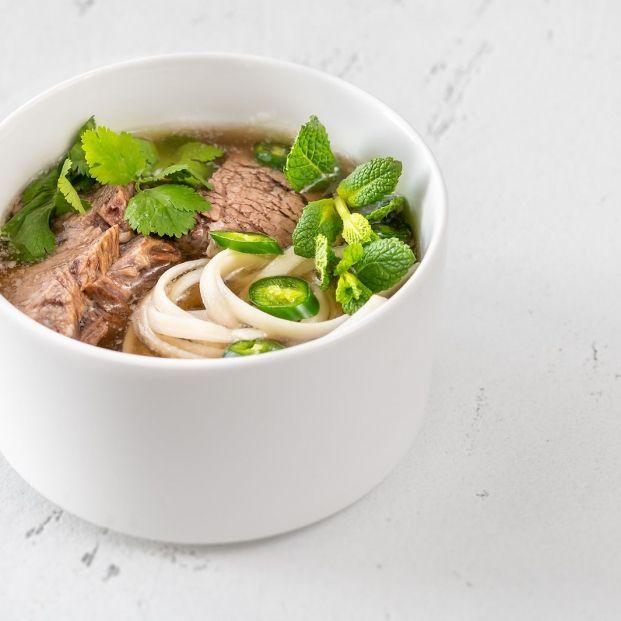 ¿Sabes que es el pho? Te enseñamos cómo preparar esta sopa vietnamita Foto: bigstock