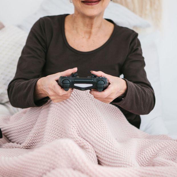 Las consolas llegan al segmento de personas mayores (bigstock)