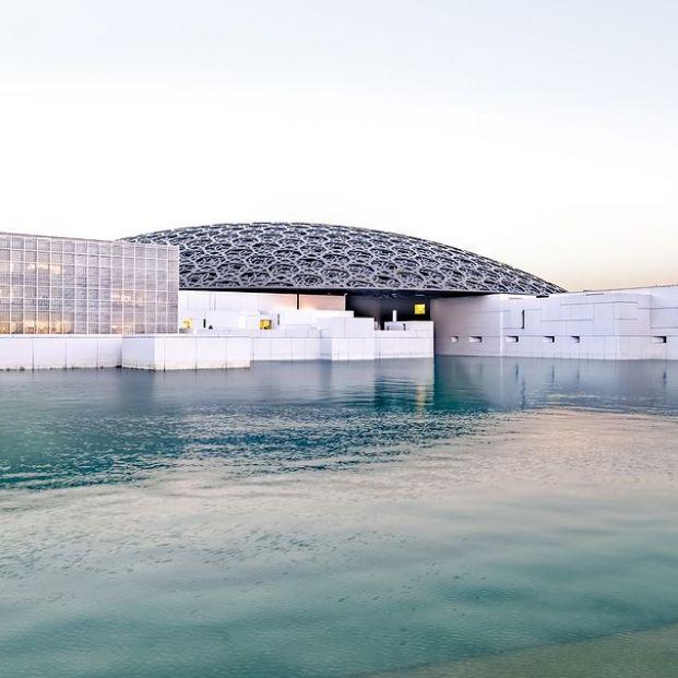 El Louvre de Emiratos Árabes Unidos es es de Jean Nouvel