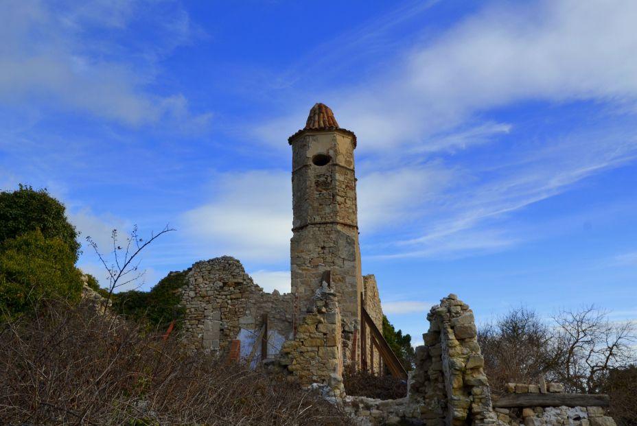 Iglesia de Sant Salvador en La Mussara (Tarragona) (Foto: Angela Llop. Flickr)