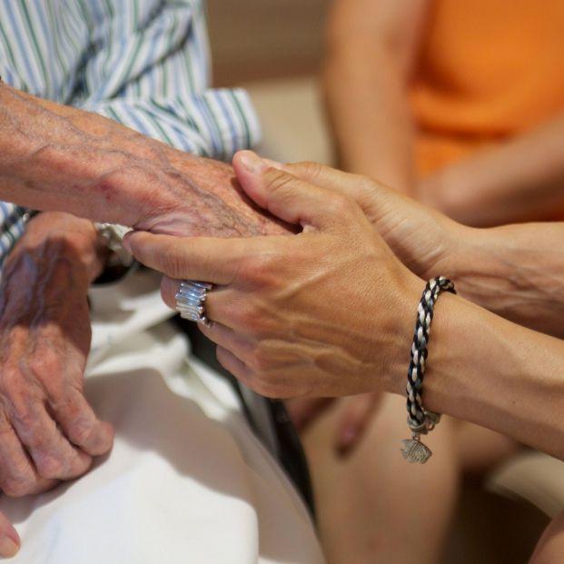 Cuatro de cada diez personas mayores de  65 años se sienten solas
