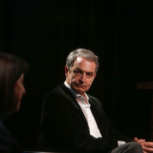 Interceptan una carta con dos balas dirigida al expresidente Zapatero