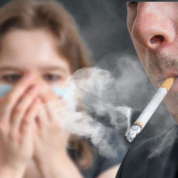 Despídete del olor a tabaco de tu casa con estos trucos