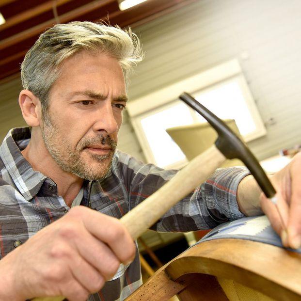 ¿Cómo tapizar una silla? Foto: bigstock