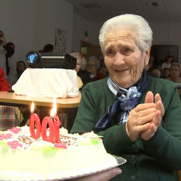 Las personas que viven más de 105 años tienen una reparación del ADN más eficiente