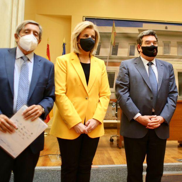 """Escrivá anuncia que las mutuas podrán empezar a vacunar contra la COVID-19 """"de forma inmediata"""". Foto: Europa Press"""