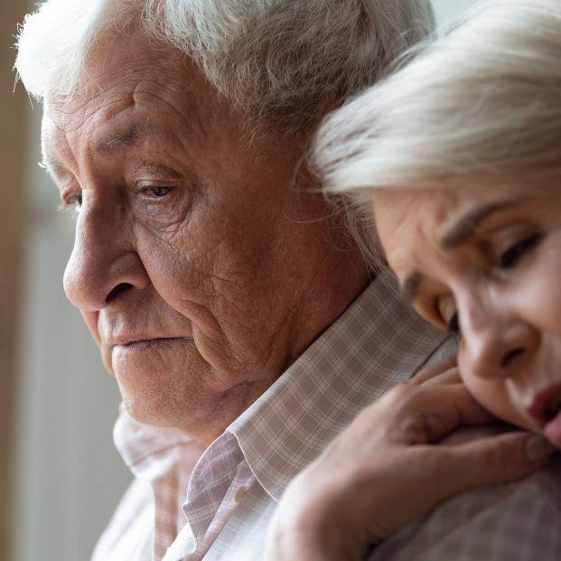 'De mayor quiero vivir', una guía para afrontar las preocupaciones que surgen con la edad