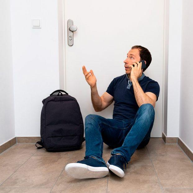 ¿Sin llaves y no puedes entrar en casa? Antes de buscar cerrajero, llama a tu seguro