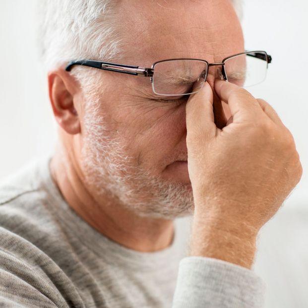 Aprende a aliviar los síntomas del ojo seco (Big stock)