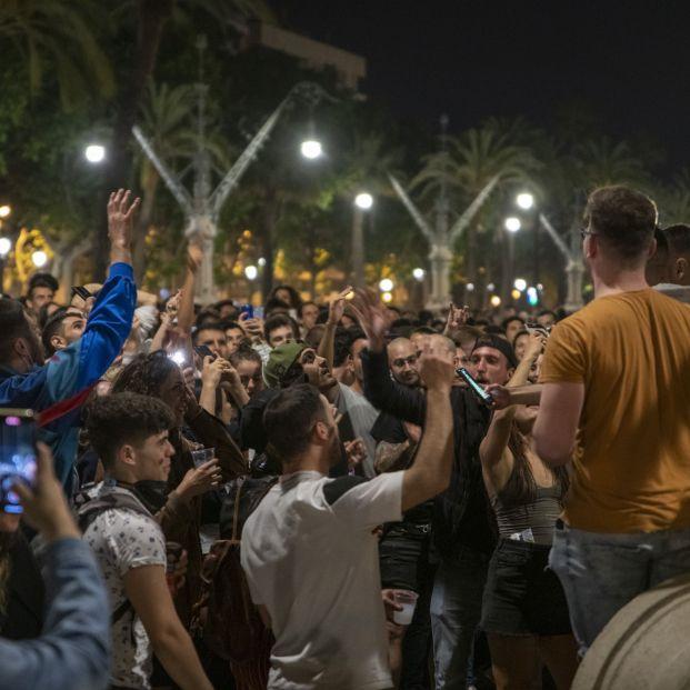 """Los mayores piden a los jóvenes """"sentido común y paciencia"""" tras las fiestas post estado de alarma"""