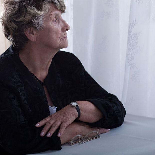 Pensiones y subsidios compatibles con la pensión de viudedad: cobra 2.707 euros