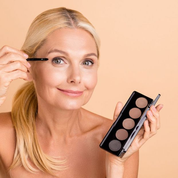 Los productos esenciales para esculpir tus cejas