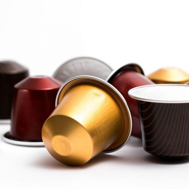 ¿Cómo se reciclan las cápsulas de café? Nunca al amarillo Foto: bigstock