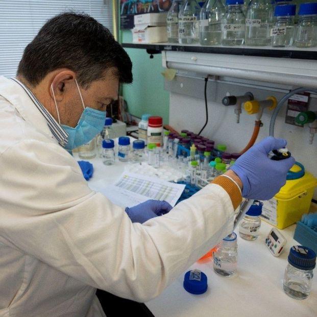 El CSIC desarrolla un test serológico que diferencia a los vacunados de los que han pasado el virus