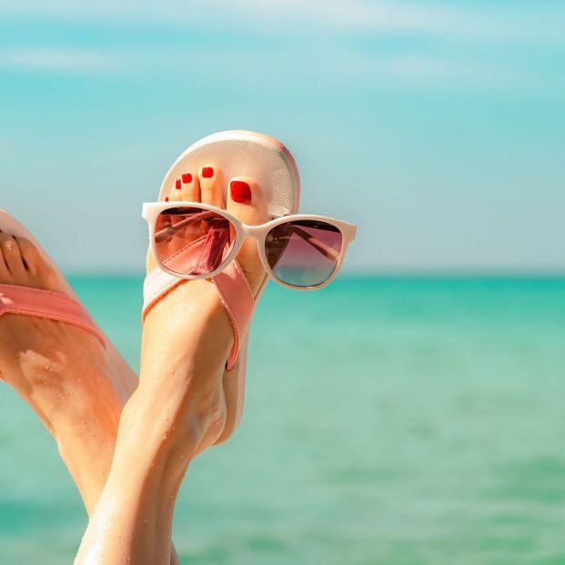 Sandalias, chanclas, escarpines… todo el calzado para este verano está Lidl (Foto Bigstock)