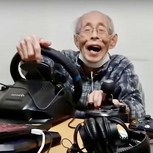 Un antiguo taxista de 93 años revive la sensación de conducir gracias a los videojuegos