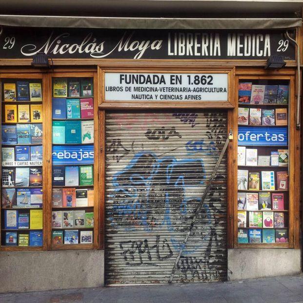 Librería Nicolás Moya  (Sonia de Viana, Nicolás Moya Librería – Flickr)