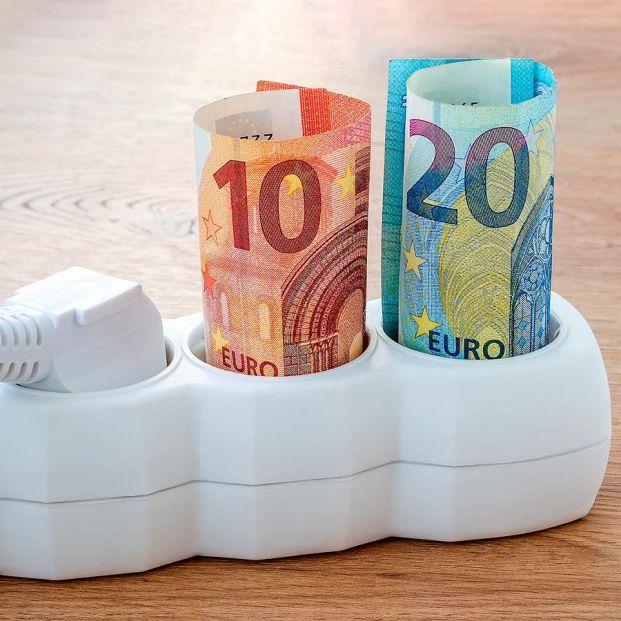 Las trampas de la nueva factura de luz: no es ahorro todo lo que reluce