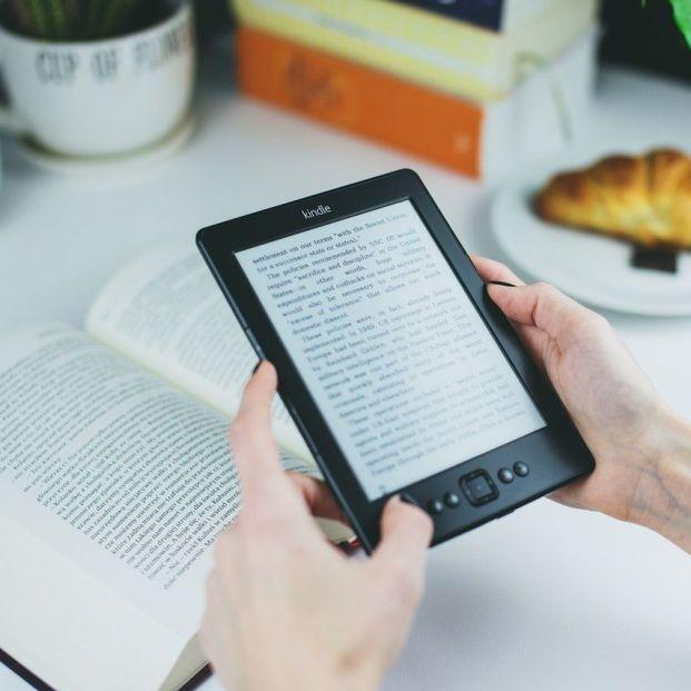 Libro electrónico (Creative commons)
