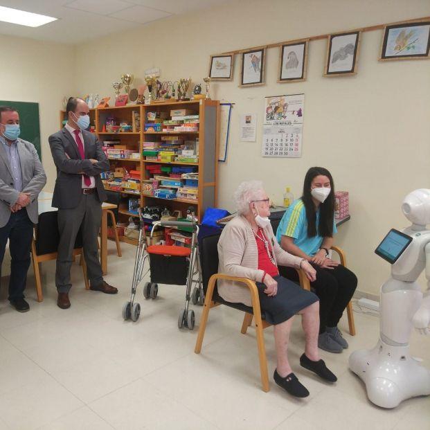 'Copito', el robot inteligente que acompaña a mayores, llega a las residencias de Castilla y León. Foto: Europa Press