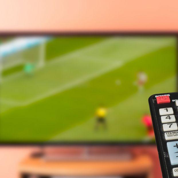 La Eurocámara pide que las emisiones ilegales deportivas en Internet se eliminen en 30 minutos. Foto: Bigstock