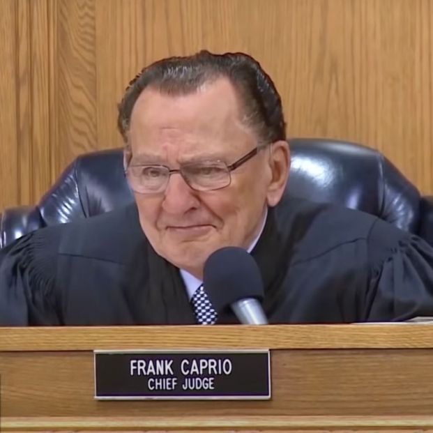 Frank Caprio, el juez compasivo de 84 años que arrasa en Internet