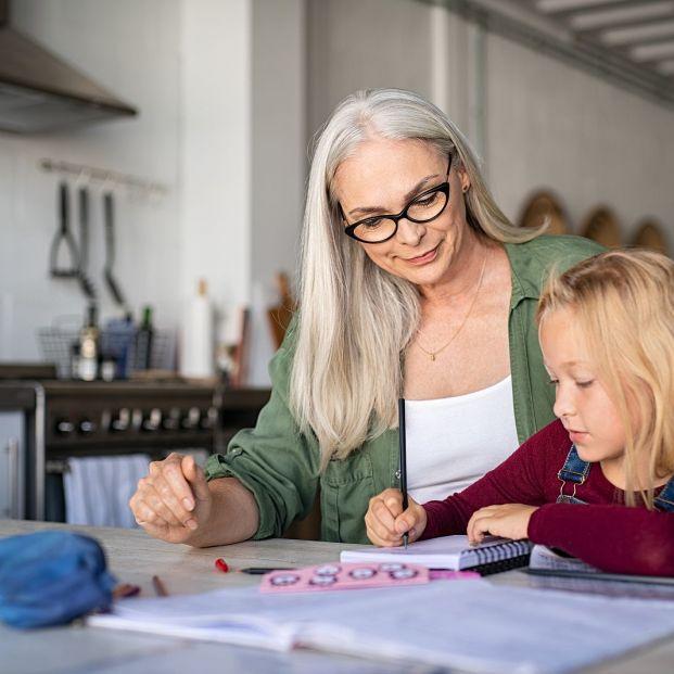 Complemento de pensiones contributivas por hijos para la reducción de la brecha de género, esta es la cuantía mensual en 2021 (Foto Bigstock)2