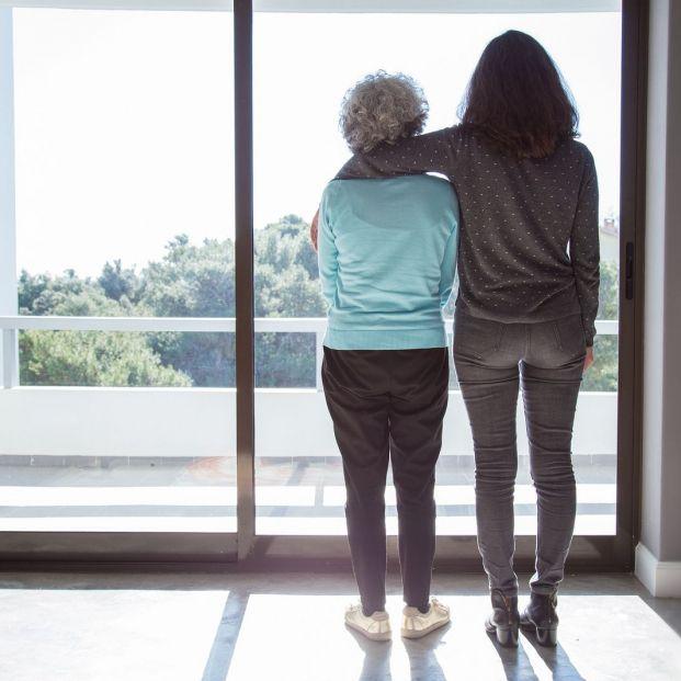 Mujer vive 99 años con órganos en otro lado del cuerpo (bigstock)