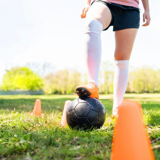 Fútbol femenino, modelos, recogepelotas... Y estas profesiones, ¿quién las regula?