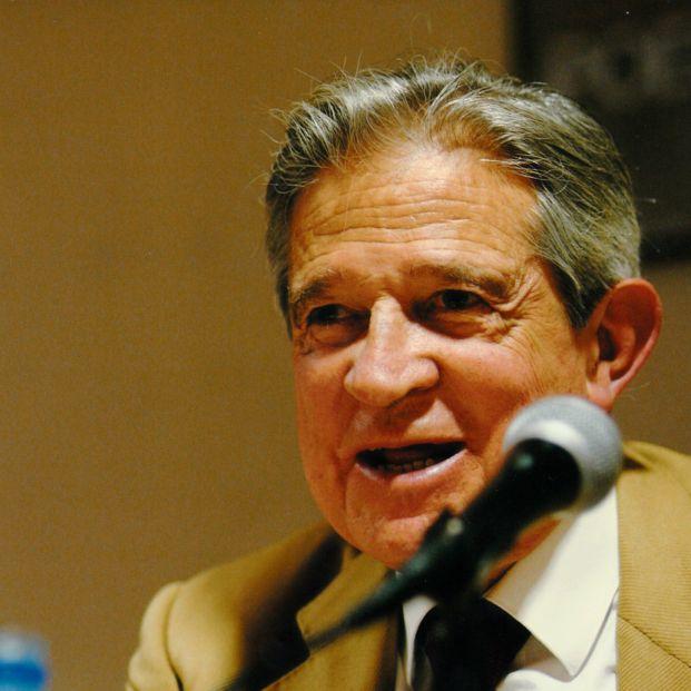 Muere el poeta Enrique Badosa a los 94 años