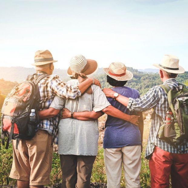 Campamentos de verano para mayores de 65 años Foto: bigstock