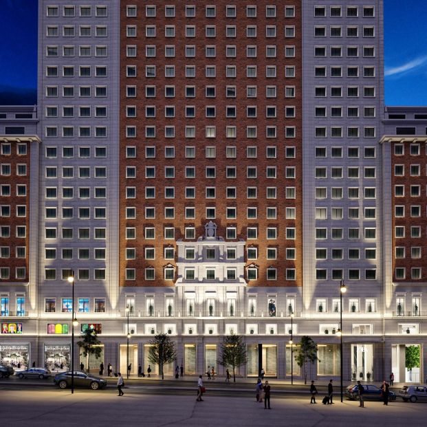 Amancio Ortega abrirá un mega Zara de 8.000 metros cuadrados en el Edificio España de Madrid