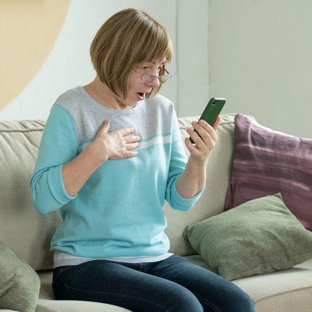 Descubre si te han suscrito a un servicio Premium sin saberlo y cómo deshabilitarlo (Foto Bigstock) 2