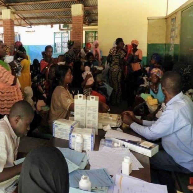 Al ritmo de vacunación actual, los países pobres tardarían 57 años en vacunar a toda su población. Foto: Europa Press