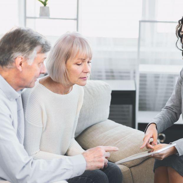 UDP reabre su servicio gratuito de asesoramiento jurídico para personas mayores