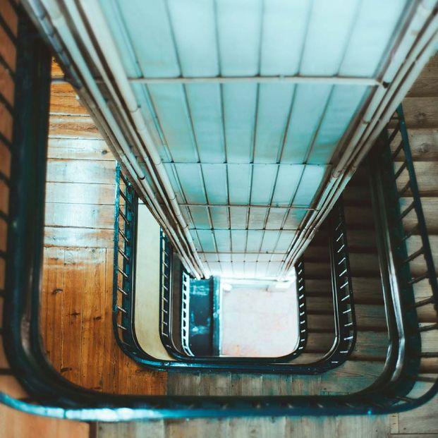 ¿Cuándo puede un solo vecino obligar a su comunidad a instalar el ascensor?